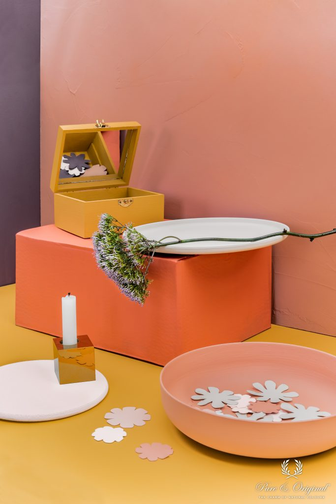 Wall right and bowl: Licetto Chalky Coral